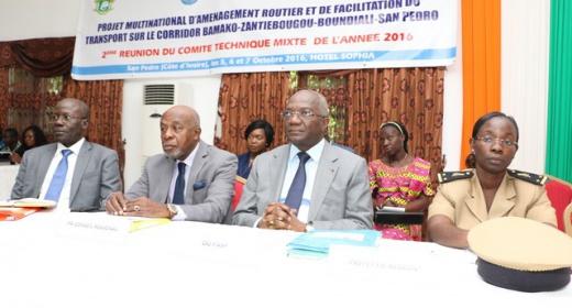 Projet multinational d'aménagement routier et de facilitation du transport sur le coridor Bamako - Zantiebougou - Boundiali - San Pedro / 2e réunion du comité technique mixte de l'année 2016 feature image