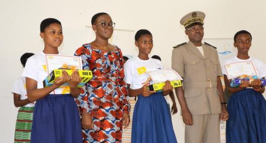 le PASP prime les lauréates du concours jeune fille mathématique - section San Pedro feature image